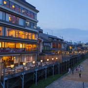鴨川の着物デートならココ!京都の着物レンタル屋がおすすめする遊び方