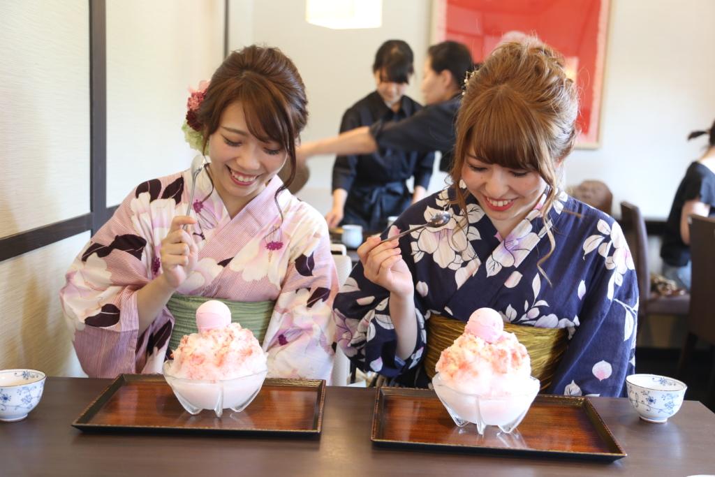 浴衣と着物の違いは4つ|利用時期・着方・シーン・生地 | 京都 ...