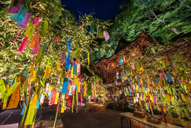 貴船神社の夏のライトアップ