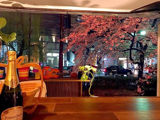 Dining Kitchen & Bar ChiChi