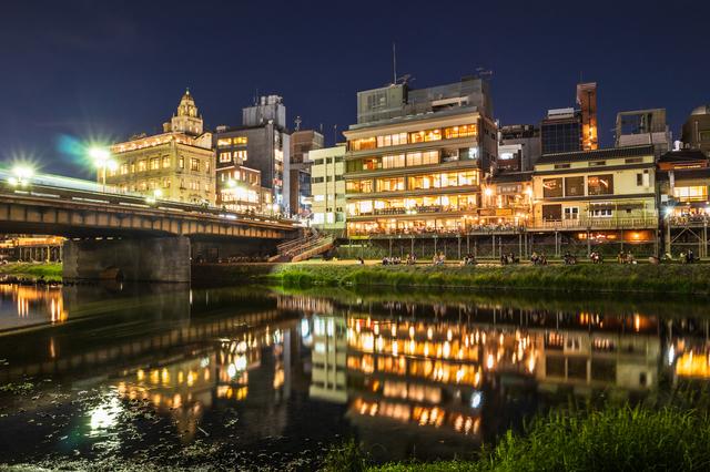京都の夜のイメージ