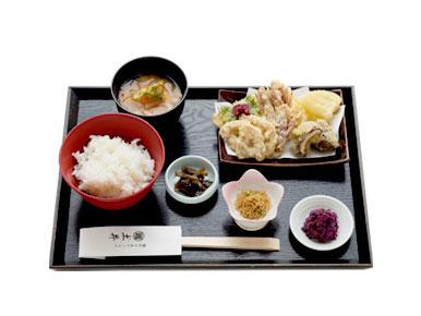 京都らしいおばんざいご飯
