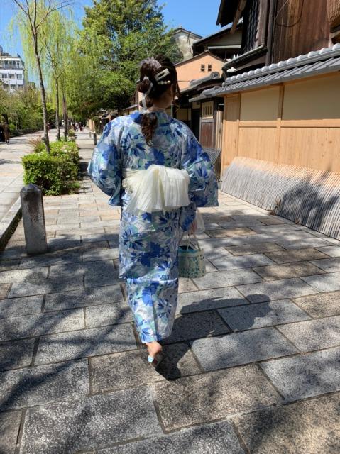 レース帯の青色浴衣