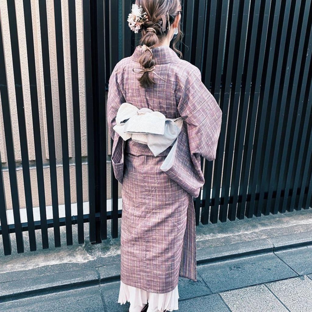 南禅寺への着物散策でおすすめ パステルピンクチェックのレトロコーデ