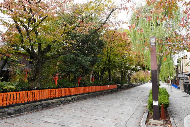 祇園白川通り